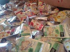 """arum manis dewi arti,arum manis di malang,arum manisdan gulali  Kami distributor arum manis / arbanat / harum manis / rambut nenek """"Mbah Mbut""""  Rambut nenek """"Mbah Mbut"""" asli tanpa pemanis dan pewarna buatan  dibuat dari bahan pangan pilihan 100% gula asli  Arbanat """"Mbah Mbut"""" dikemas dengan ciamik dan unik  Arum manis """"Mbah Mbut"""" membuka kesempatan sebesar-besarnya bagi Reseller dan Drohpshipper untuk memasarkan Harum manis """"Mbah Mbut"""".  Hub:  Mas Muklis ( telp/sms/wa:0819-3200-103 )"""