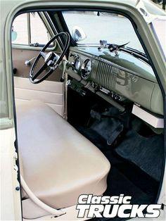 New old truck interior chevy pickups Ideas Country Trucks, Farm Trucks, Diesel Trucks, Old Trucks, Lifted Trucks, 1954 Chevy Truck, Classic Chevy Trucks, 1957 Chevrolet, Chevrolet Trucks