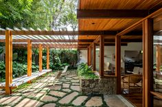 Gallery of Thompson Hess House / Felipe Hess Arquitetos - 2 Alvar Aalto, Mid Century House, Mid Century Modern Design, Architectural Elements, Other Rooms, Windows And Doors, House Tours, Outdoor Living, Pergola