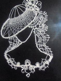 Kikka Sal – Google+ Parchment Craft, Lace Patterns, Bobbin Lace, Irish Crochet, String Art, Framed Art, Embroidery Designs, Crochet Necklace, Artwork