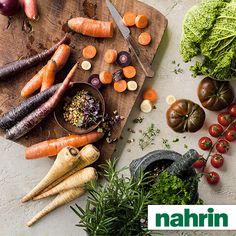 Es geht was im Hause Nahrin. Rechtzeitig zum Frühlingsbeginn erscheinen die neue Sortiments-Broschüre und der Online-Auftritt im neuen, erfrischenden «Kleid». Wir freuen uns sehr, Ihnen heute beides kurz vorzustellen. Carrots, Vegetables, Food, New Dress, Business, Tips, Essen, Carrot, Vegetable Recipes