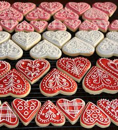 Valentine Heart Iced Gingerbread Cookies Tutorial