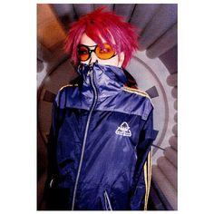 Pink Spider is me Hidden Love, Dir En Grey, Cool Poses, Aesthetic People, Music Artwork, Visual Kei, 90s Fashion, Retro Fashion, Hair Inspo