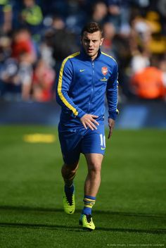 Wilshere Prior to Match vs West Bromwich 2013-2014.