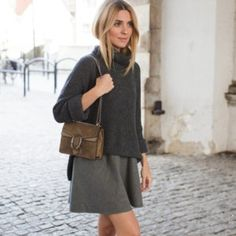 Look of The Day – old grey (Make Life Easier) Look Oxford, Rainy Outfit, Gray Skirt, Elegant Outfit, Fall Looks, Minimal Fashion, Mom Style, Autumn Winter Fashion, Fall Outfits