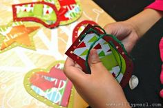 Kids Christmas Craft - Sewing Cards from Kleenex Boxes - by The Silly Pearl #KleenexTarget #PMedia