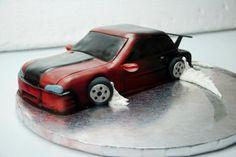 Drifting Nissan Skyline Cake