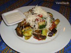 Šalát z grilovanej zeleniny s cesnakovým dresingom