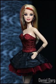 Barbie+in+red+and+black