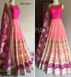 Indian Attire, Indian Ethnic Wear, Fashion Vestidos, Fashion Dresses, Pakistani Outfits, Indian Outfits, Anarkali Dress, Lehenga Choli, Indian Anarkali