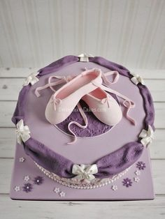 Ballet cake with point shoes