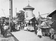 """Hakaniementori"" Photo: Signe Brander (1869 - 1942) Suomi (Finland), Helsinki, 1907"
