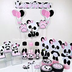 Discover recipes, home ideas, style inspiration and other ideas to try. Panda Birthday Party, Panda Party, Baby Birthday, Birthday Parties, Birthday Party Decorations, Party Themes, Panda Decorations, Panda Nursery, Little Panda