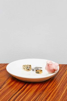 Shop Bird Trinket Dish at Urban Outfitters today. Urban Outfitters, Kitsch, Decorative Accessories, Home Accessories, Ceramic Birds, Decorative Cushions, Decoration, Interior Decorating, Plates
