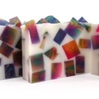 DIY Soap Making Recipe - Swirl Chunk Soap Loaf.  Click on image for free recipe!!