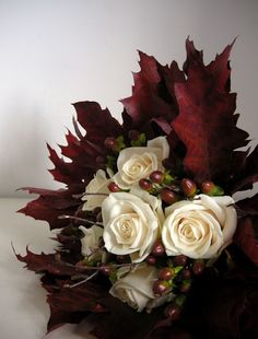 Bouquet idea for a fall wedding...unique and different