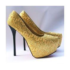 Scarpin Dourado com Renda via Polyvore