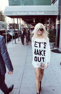 ★ //» 'lets make out' Wildfox