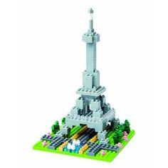 Me encantan estas creaciones que nos llevan a un lugar del mundo en específico. Nanoblock Eiffel Tower (200 pcs)