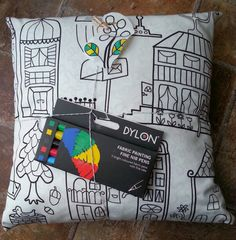 DIY colour in pillow with cushion inner & 5 fabric pens