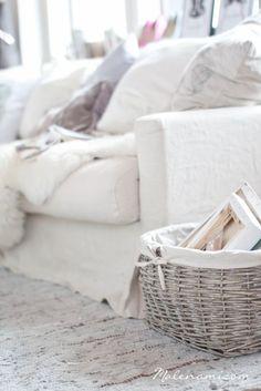 Comfy sofa & cushions  ~ lovingly repinned by www.skipperwoodhome.co.uk