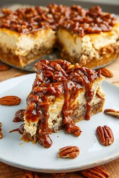 Pecan Pie Cheesecake with Pecan Caramel Sauce Closet Cooking, Rich, Easy Amazing Southern Pecan Caramel Sauce Daily Cooking Recipes, Pecan Pie Cheesecake, Cheesecake Recipes, Dessert Recipes, Cheesecake Toppings, Small Cheesecake Recipe, Food Cakes, Cupcake Cakes, Cupcakes, Bundt Cakes
