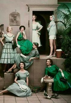 Love this homage to green....b♡