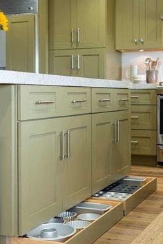 Stylish Simple Kitchen Storage Design Ideas That You Want To Try Kitchen Room Design, Kitchen Cabinet Design, Kitchen Redo, Home Decor Kitchen, Kitchen Interior, New Kitchen, Home Kitchens, Smart Kitchen, Hidden Kitchen