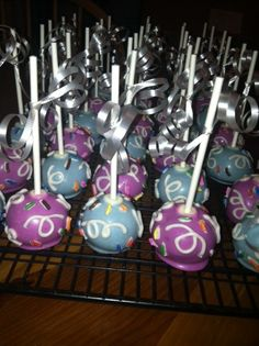 Confetti birthday cake pops