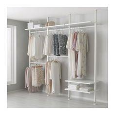 IKEA - ELVARLI, Hyllykokonaisuus, Avointa säilytystilaa voidaan muokata tai täydentää aina tarvittaessa. Ehkä ehdottamamme yhdistelmä sopii sinulle täydellisesti – toisaalta voit helposti luoda myös omasi.Siirrettävien hyllylevyjen ja vaatetankojen ansiosta tilaa on mahdollista muokata omien tarpeiden mukaisesti.Voit valita, haluatko sijoittaa avosäilytysratkaisun seinää vasten tai käyttää sitä tilanjakajana kattoon kiinnitettävän pylvään avulla.