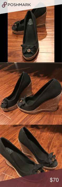 "Tory Burch Jackie Wedge Espadrilles A peep-toe linen espadrille finished with a cute bow and Tory Burch logo medallion.  Wedge heel is 4 1/4"".  These adorable shoes are lightly worn and in good condition. Tory Burch Shoes Espadrilles"