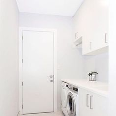 Love this bright, white Laundry space via @herlifeloves ft our Electrolux Washer & Dryer. Receive up to $100 CASHBACK on eligible Electrolux Washing machines! Head to our website for more details. #ThatsBetta #Electrolux #laundry #laundryspace #interiors #home #inspo #homeinsp #renovation #homereno #cashback #style #homestyle