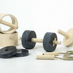 An all-natural exercise set created by industrial design student Ali Safa A. forgoes the use of metal and rubber in typical gym equipment in favor of environmentally friendly materials. Made from hemp, wood, ash and marble, the minimalist workout equipment...
