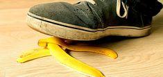 Nezahazujte banánová slupky. Pomohou proti bolesti hlavy i hemeroidům   ABCtěhotenství Fruit, Food, Essen, Meals, Yemek, Eten