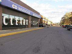 CD Warehouse St. Laurent