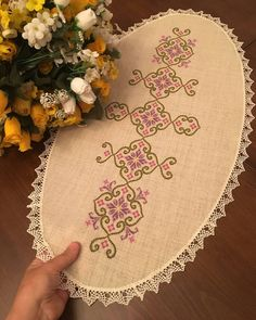Fotoğraf açıklaması yok. Bargello, Hardanger Embroidery, Hand Embroidery, Cross Stitch Embroidery, Filet Crochet, Crochet Lace, Cross Stitch Designs, Cross Stitch Patterns, Traditional Dresses
