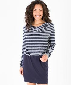 67f905a579 Vestido Ayleen. Vestido azul marino ...