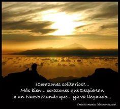 ¿Corazones solitarios?... Más bien... corazones que Despiertan a un Nuevo Mundo que... ya va llegando... (Tomás Morilla Massieu - www.artemorilla.com)