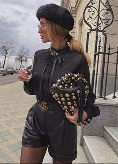 Classy Outfits, Chic Outfits, Trendy Outfits, Fall Outfits, Fashion Outfits, Womens Fashion, Fashion Trends, Winter Shorts Outfits, Luxury Fashion