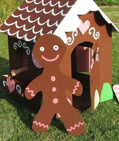 Look! Life-sized Gingerbread House