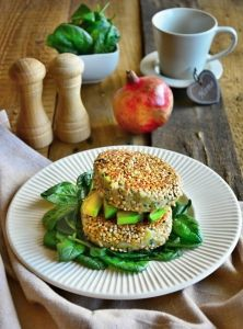 FitnessGuru.sk Tzatziki, Gnocchi, Salmon Burgers, Quinoa, Mac, Ethnic Recipes, Food, Essen, Meals