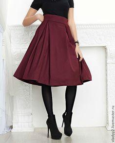 Купить юбка в диагональную складку - бордовый, однотонный, юбка в складку, деловой стиль, офисный стиль
