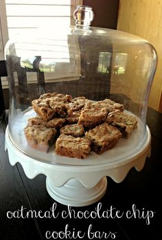 all things katie marie: Oatmeal Chocolate Chip Cookie Bars