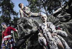 Vika Falileeva, Siri Tollerød, Helena Greyhorse by Steve Hiett for Vogue Italia September 2014