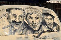 汚い車が美麗なアートに 車に積もったホコリで描かれたイラスト - http://naniomo.com/archives/7842