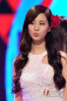[이슈포토] '소녀시대-태티서' 서현, Kiss me~ / 이슈데일리 / May 25, 2012 / #Seohyun #TaeTiSeo #SNSD