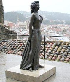 estatua de ava gardner en tossa de mar - Buscar con Google