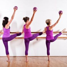 Can Barre Class Really Lengthen Your Muscles? | Posted By: AdvancedWeightLossTips.com 30 Minute Ab Workout, Pilates Barre, Barre Workouts, Body Workouts, Fitness Workouts, Yin Yoga Poses, Workout Essentials, Look Here, Yoga Quotes
