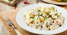 Authentic Jamaican Salad Recipes is Among the Liked Salad Recipes Of Many Persons Round the World. Besides Easy to Create and Great Taste, This Authentic Jamaican Salad Recipes Also Healthy Indeed. Fresh Salad Recipes, Taco Salad Recipes, Complete Recipe, Macaroni Salad, Potato Salad, Entrees, Easy Meals, Healthy, Ethnic Recipes