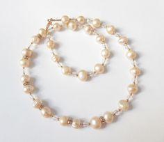 Perlenketten -  Perlen-Kette Collier Hochzeit aprikot-rosegold - ein Designerstück von soschoen bei DaWanda